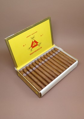 Montecristo, No.2 EML MAR 15